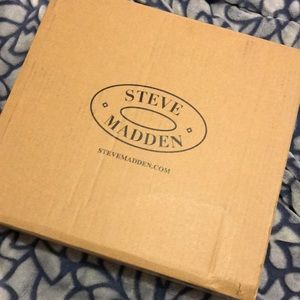 Steve Madden BRAND NEW SHOES